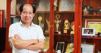 """5 triết lý """"đốt cháy"""" khách hàng của ông chủ ô mai Hồng Lam – CafeF 3"""