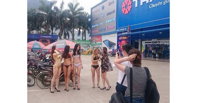 Dùng PG mặc bikini quảng cáo, cách làm không phù hợp với Trần Anh 1