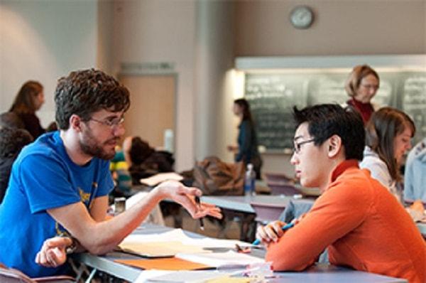 Nhiều gia sư là sinh viên truyền đạt chưa tốt