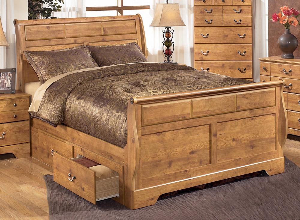 Giường ngủ có ngăn kéo bằng gỗ xoan đào cũng đẹp