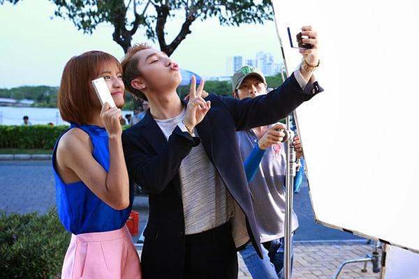 Sơn Tùng MTP trong quảng cáo điện thoại Oppo – chuyên gia selfie