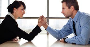 Đối thủ cạnh tranh là gì? Phân tích đối thủ cạnh tranh trong kinh doanh trực tuyến