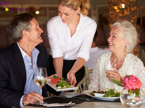 Tạo cảm giác thân thiện với khách hàng