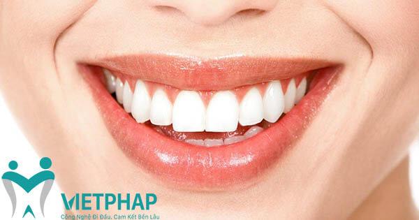 những điều cần biết về bọc răng sứ thẩm mỹ
