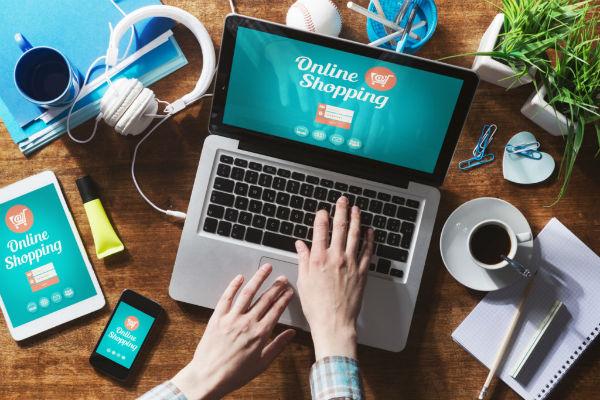 Cách chốt đơn hàng với khách hàng chat online