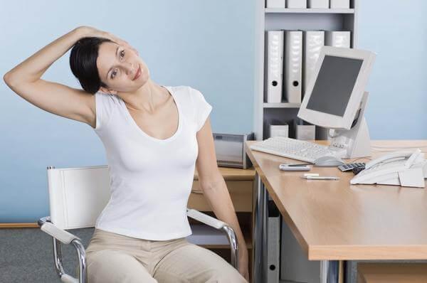 Những bài tập dành cho người bệnh thoái hóa cột sống cổ